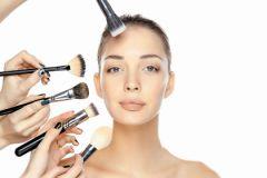 Тональный крем должен не только выравнивать цвет лица, но и защищать от холода