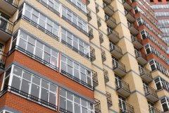 Квартиры в монолитных домах продаются лучше, чем в панельных