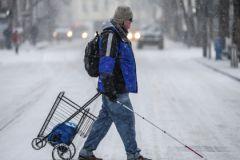Представитель метро призвал граждан помогать незрячим