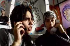 Тимати (слева) в клипе Децла «Вечеринка»