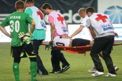 «Торпедо» нужен стабильный вратарь. На фото - Юрий Жевнов