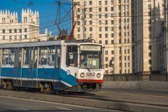 Из-за аварии на пересечении улиц Олений Вал и Охотничьей остановили движение трамваев