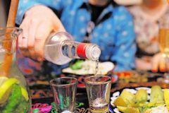 Любой вспомнит с полпинка такой напиток, как водку