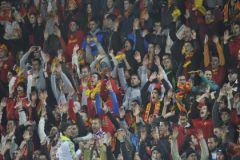 Черногорских болельщиков назвали лицемерами