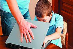 Ребенок за компьютером