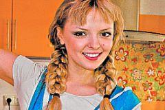 Марина Орлова исправляла акцент по ночам