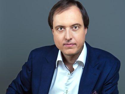 Роман Харланов