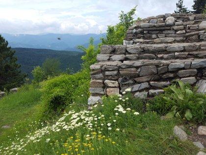 Остатки крепости Цепина отлично сохранились