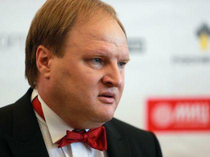Промоутер Хрюнов получил ушибы после нападения четверых
