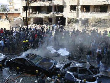 Много людей в Сирии пострадало после серии терактов в Хомсе