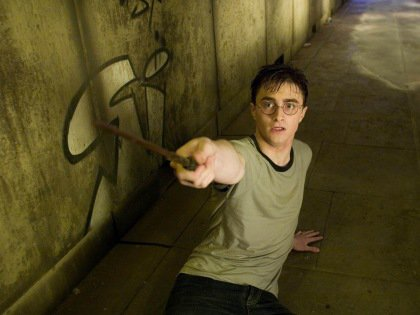 Фанатов поттерианы лишили доступа к настоящим волшебным палочкам