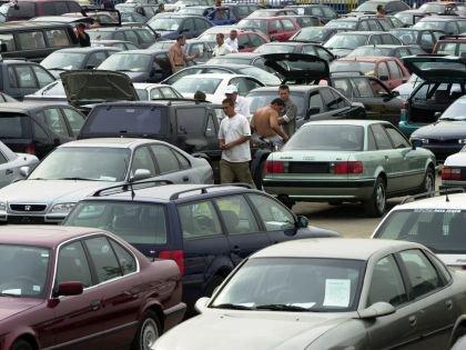 Объем рынка новых легковых автомобилей в России упал на 4,8% к прошлому году