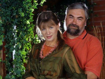 Вика Цыганова с мужем Вадимом