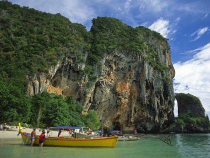 Белые пески Таиланда притягивают все больше туристов из России