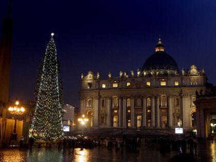 Новогодняя елка в центре Рима