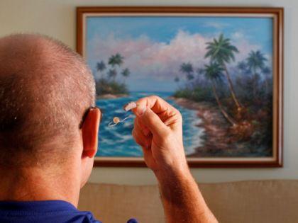 Слуховые аппараты помогают пожилым людям дольше сохранять быстроту мышления