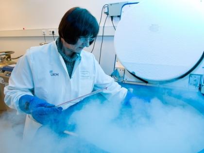 Замороженную для продолжения рода сперму разморозят в любое удобное время