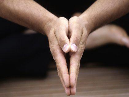 Йога развивает в мужчинах завидные родительские способности