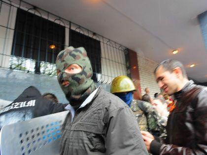 Через два дня, 4 мая, когда в Одессе находился премьер-министр Арсений Яценюк, пророссийские активисты штурмовали милицию, пытаясь вызволить задержанных 2 мая соратников