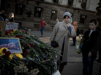 Вскоре после 2 мая на площади Куликово Поле возник мемориал в память о погибших «антимайдановцах»
