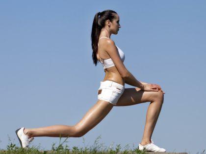 Соблюдение диеты и эффективные упражнения помогут сбросить вес к Новому году