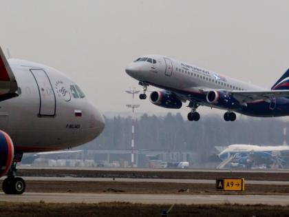 Два самолета столкнулись крыльями в московском аэропорту