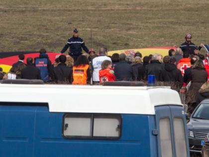 Второй пилот самолета, потерпевшего крушение во Франции, 1,5 года обследовался у психиатра
