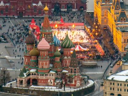 Каток пока останется на Красной площади