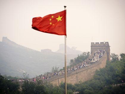 Великая китайская стена — теперь оккупированная туристами