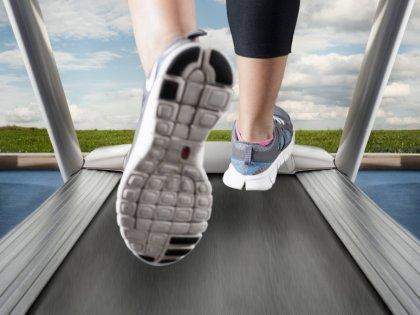 В поход за новыми кроссовками для бега лучше взять с собой старые
