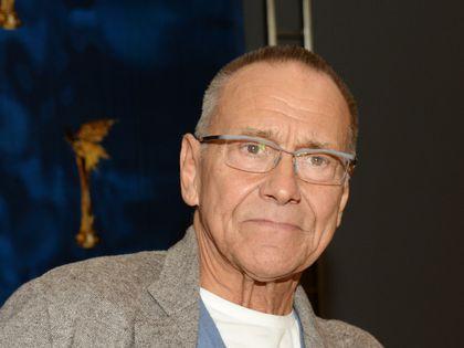 Кончаловский попал в клинику Москвы из-за проблем со зрением