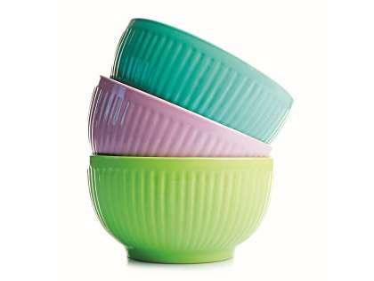 Выберите посуду оригинальных цветов