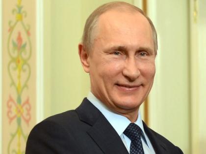 Соединение денег и власти органично для всей российской элиты, сказал эксперт