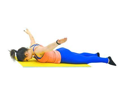 Упражнение для ромбовидной мышцы