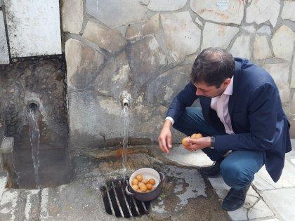 Нетрадиционное использование горячих источников – варка яиц и консервация заготовок