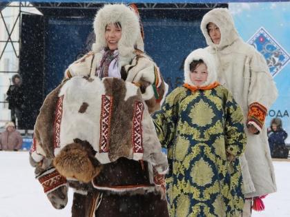 """На подиуме - финалисты конкурса """"Кочевая семья"""""""
