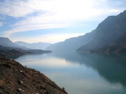 Водохранилище на реке Сулак