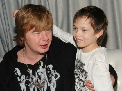 Андрей Григорьев-Апполонов с сыном