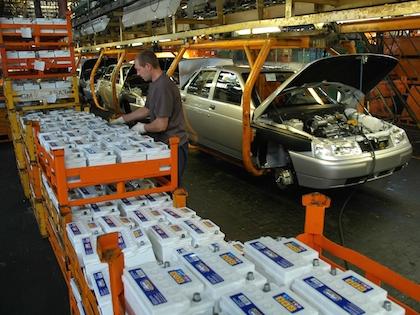 Работа конвейеров компаний «АвтоВАЗ» и GM-АвтоВАЗ приостановится на 11 дней