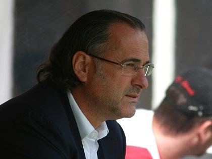 Божович возглавлял московский «Локомотив» с октября 2014 года