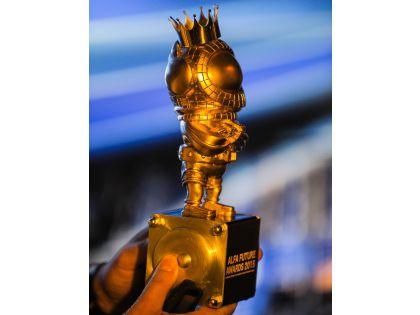 Бро Статуэтка Премии Alfa Future Awards