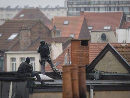 Снайперы во время спецоперации в Брюсселе