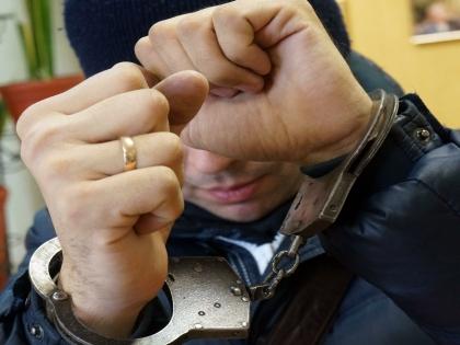 Преступник получил в качестве аванса от москвича 900 тысяч