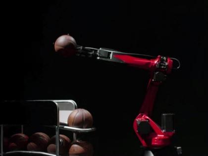 Робот Fiat по имени Гонщик