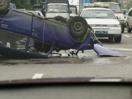 По некоторым данным, водитель Mitsubishi Lancer ехал на большой скорости