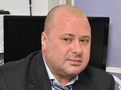 Маркелов работал тележурналистом, бывал в горячих точках