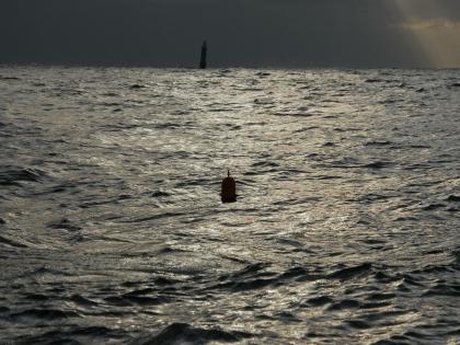 Траулер затонул ночью в Охотском море в 300 километрах от Магадана