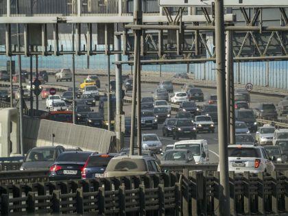 ГИБДД просит водителей выбирать альтернативные пути объезда
