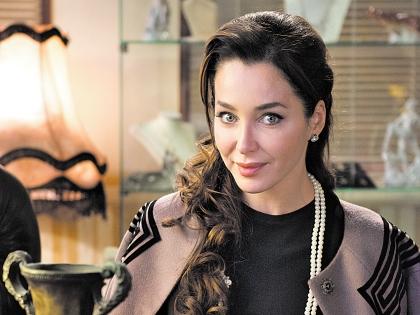 Предметы из личной коллекции актрисы также появляются в сериале