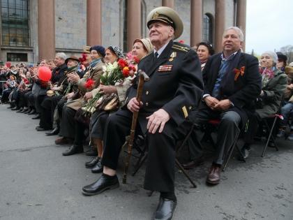 """70-летие Победы, по мнению Пушкова, стало """"лакмусовой бумажкой"""" международной атмосферы"""